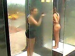 MILF catturato in doccia Public BVR