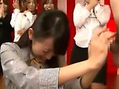 Nippon office sluts are giving head