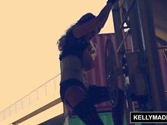 KELLY MADISON - Le sexe de Steampunk sort des rails