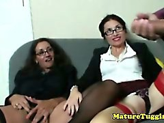 Cougar tugjob lovers jerking lucky dudes dong