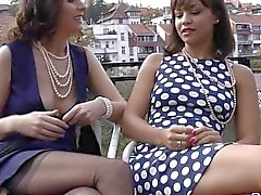 Classy british milf gets pearls in her pussy