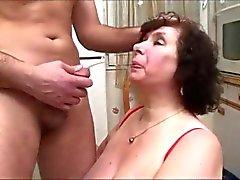 denhaagman - massive tit granny squirts like crazy