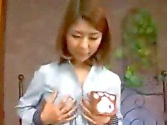 Chisato - Pflegedienst Kindergärten Traum Mutter Clip1 von TOM