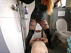bizarrlady jessica - golden shower - perfect