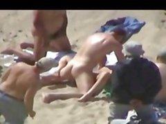 Muhteşem Amatör Plaj Sex Bonanza !