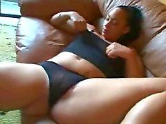 Kiimainen Fat Chubby Ebony Ex GF masturboi märkä vittu