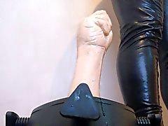 del puño caucho de follando difícil - usar nuevo soporte de la ruina que mi culo