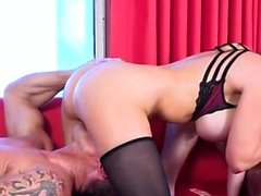 Hot pornstar threesome with cumshot