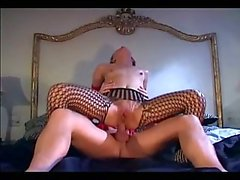 Blonde fucking in pantyhose and gloves