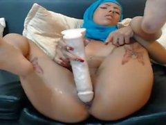 hijab teen enjoying her self and make some squirt - fapfaplers