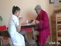 De Papy Japonaises Voyeur SE AECI sucer nominal fils de aide soignante