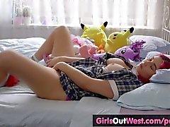 Curvy amateur teenie toys her hairy pussy