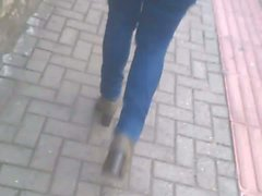 loira gostosa jeans rua
