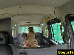 Ginger brit cockriding cabbie on backseat