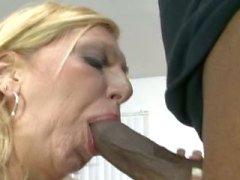 Xena aka Debbie Lien gets anal