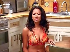 Stephanie Jacobsen in Two and a Half Men s09e02