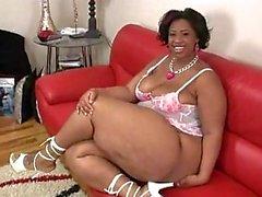 Intro Big Booty Bella
