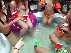 DareDorm - Pool party