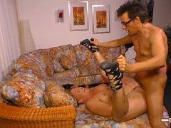 Hausfrau Ficken - Horny mature German housewife fucks in amateur video