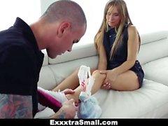 ExxxtraSmall - pieni Luistelija Teen Getsissä Karvaiset pillua Drilled malli