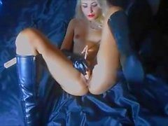 Girl in latex gets multi orgasms