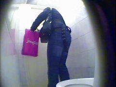 bayanlar tuvaleti kamera