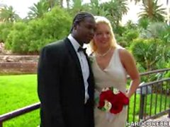 Braut und Bräutigam ficken auf den großen Tag schick