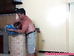 Pies amorosos libras papá filipinos culo apretado