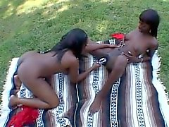 Sharon Wild and Mocha Deligth outdoor munching on twats