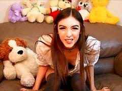 Webbkamera skönhet och hennes leksaker har solo sex