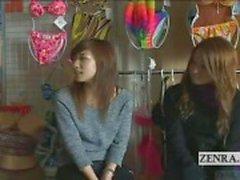 Ondertiteld geamuseerd Japanse amateurs bekijken gek CFNM tonen