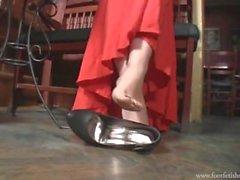 Goddess Amanda Shoeplay