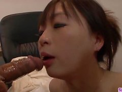 Nozomi Hazuki ends masive porn play with cum on face