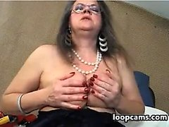 Granny With Saggy Tits Masturbates