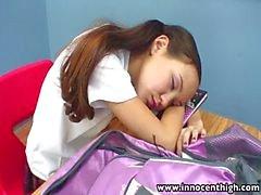 InnocentHigh Öğretmeni sıska Asya gençlere sıkı kedi büyük patlama