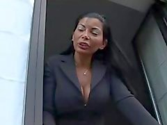 Bir İtalyan Milf Claudia Sorrento lanet Carlo The Boss