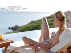 Blonde pornstar Leila naked in the sun