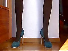 Long Legs Teal Toy bate
