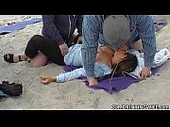 Corrida anal de gangbangs en playas de comunes