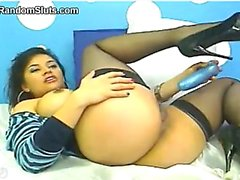 Latin Whore With A Toy