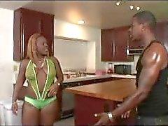 Tits Butt Nuttin And Ass 2 - Escena 2
