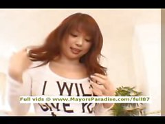 Risa Kasumi masum Çinli kız sert bir horoz sürme