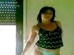 Italian Bitch Dancing Hot