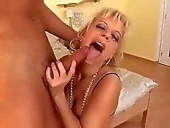 Sexy di Domestiche Teaches bambino maschio come cazzo Ass.
