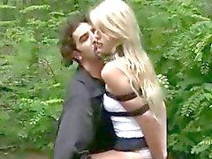 Girl rangaistaan aviomies sekä Hookerin