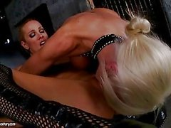 Puma Swede and Vega Vixen insert full hand in wet cunt