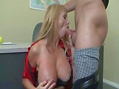 Sexy MILF Talor Wane takes care of her student with her pussy