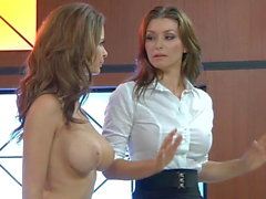 Lezbiyen Emily Addison ve Heather Vandeven