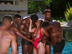 Noircies Lena Paul premier gangbang interracial