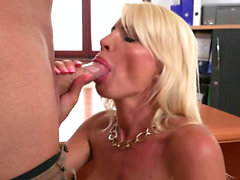 Big tits milf deepthroat with cum in mouth